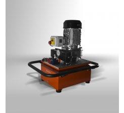 Pompa hidraulica CB700 L4 - 230V/1 -c/w Intercooler