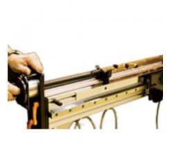 Modul rotativ – pentru realizat mansoane la unghi (cu pas de 150).